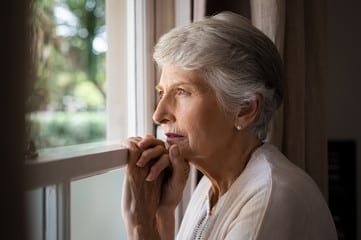 concerned senior needs daily money management services